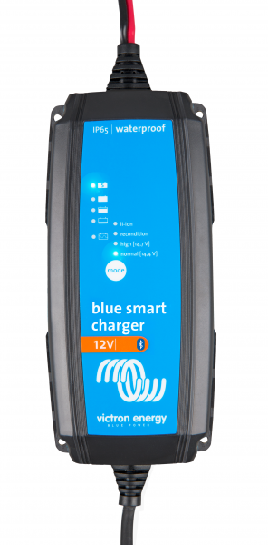 Blue Smart IP 65 12/15 12 Volt Batterieladegerät