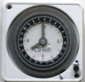 Zeitschaltuhr_12V_24V.jpg